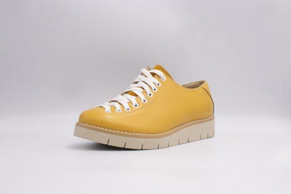 Pantofi din piele comozi